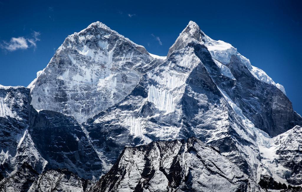 Самая высокогорная охраняемая территория Земли (10 фото)
