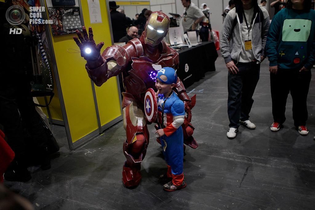 Великобритания. Лондон. 15 марта.  На комикконе London Super Comic Convention 2014. (Mary Turner/Getty Images)