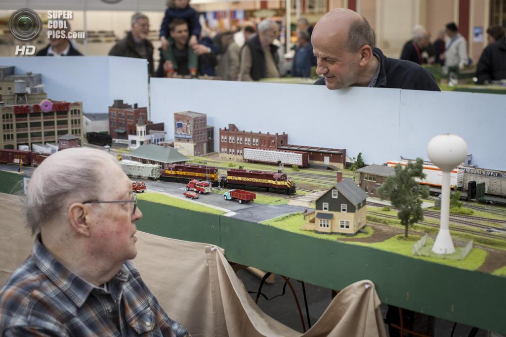 Великобритания. Лондон. 23 марта. Модель американской железной дороги. (Rob Stothard/Getty Images)