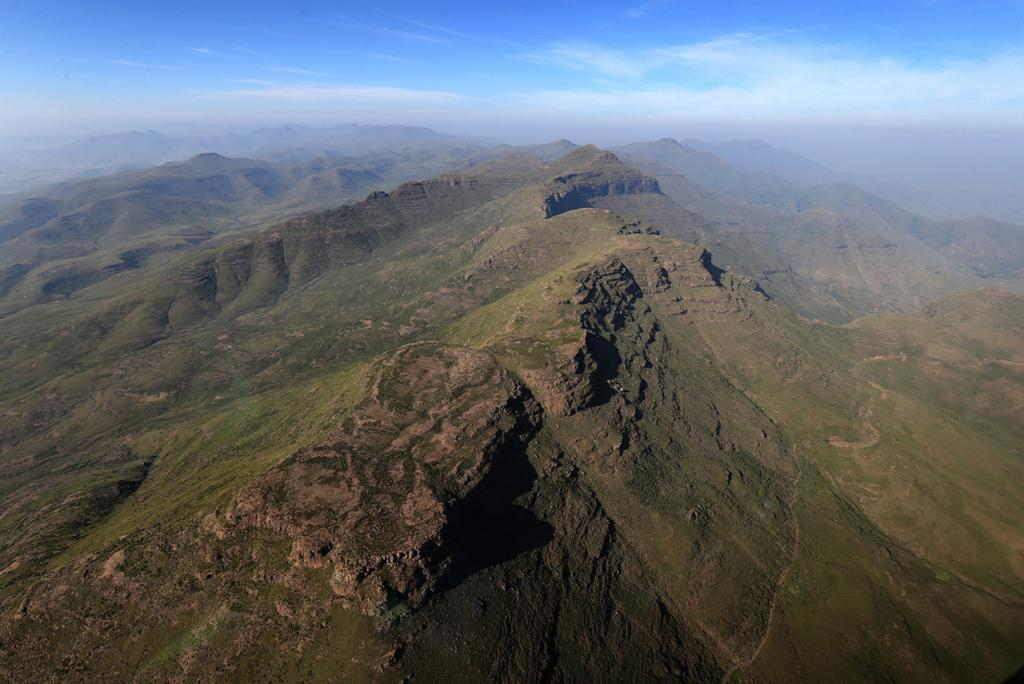 Лесото. Масеру. 26 февраля 2013 года. Общий вид на горы, окружающие столицу. (Chris Jackson/Getty Images)
