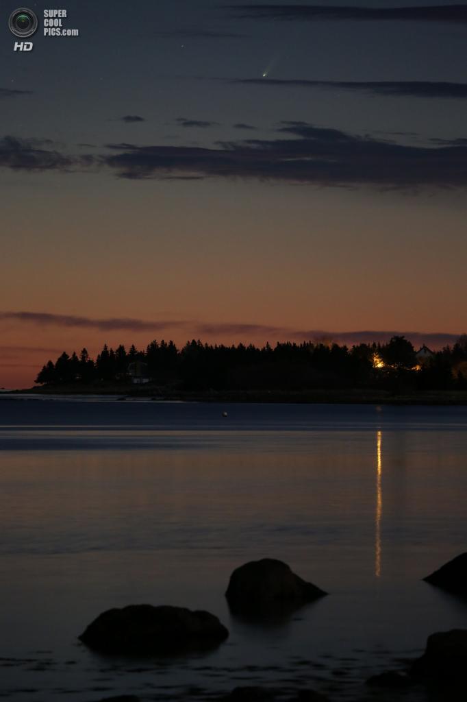 Категория: Cameras and Tripods, 2 место. Порт-Медуэй, Новая Шотландия, Канада. (Barry Burgess)