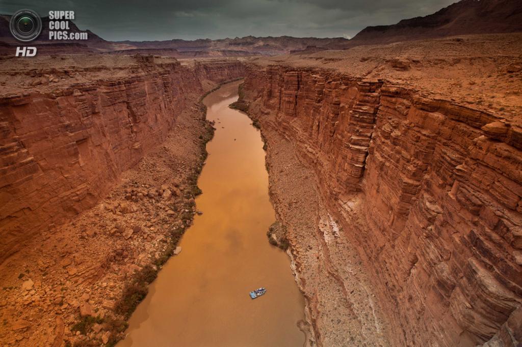 Обозревая Мраморный каньон на реке Колорадо. (Matthew Zheng/Smithsonian.com)