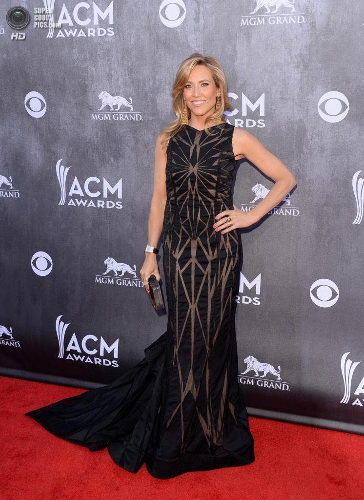 США. Лас-Вегас, Невада. 6 апреля. Певица Шерил Кроу на красной дорожке ACM Awards 2014. (Jason Merritt/Getty Images)