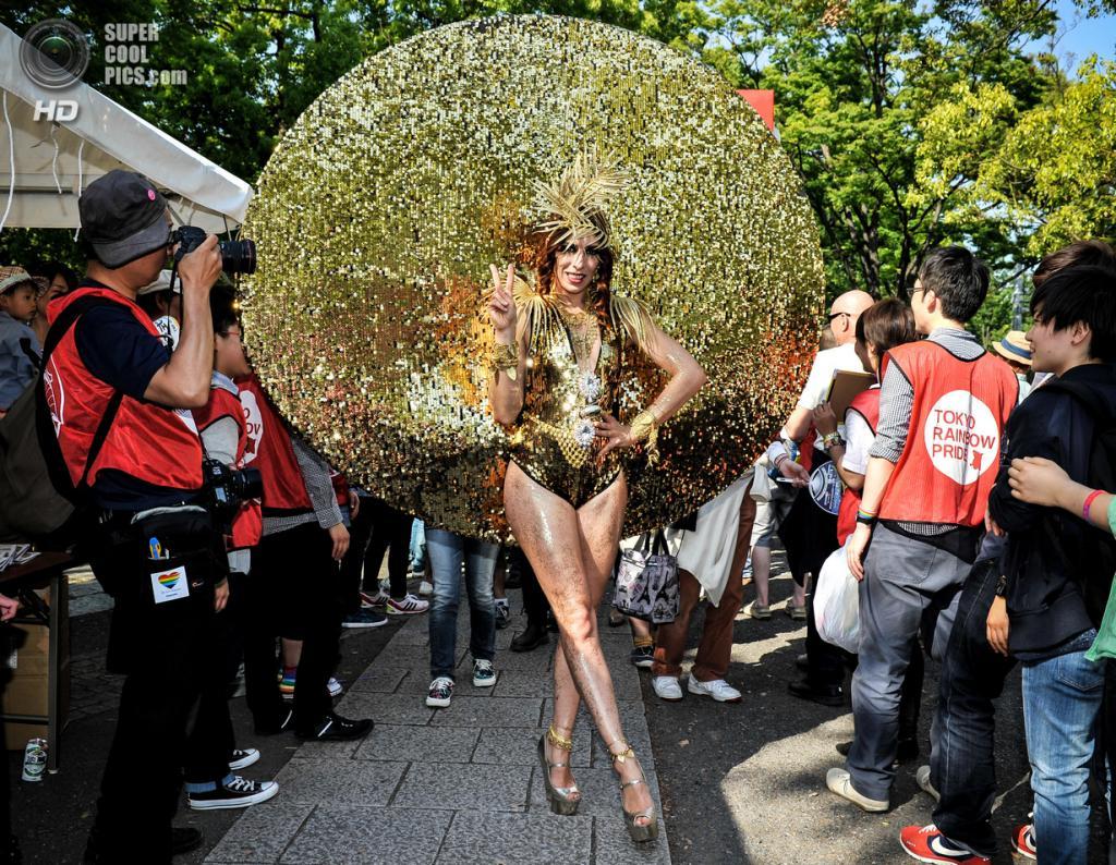 Трансвестит 2 и 2 гея 10 фотография