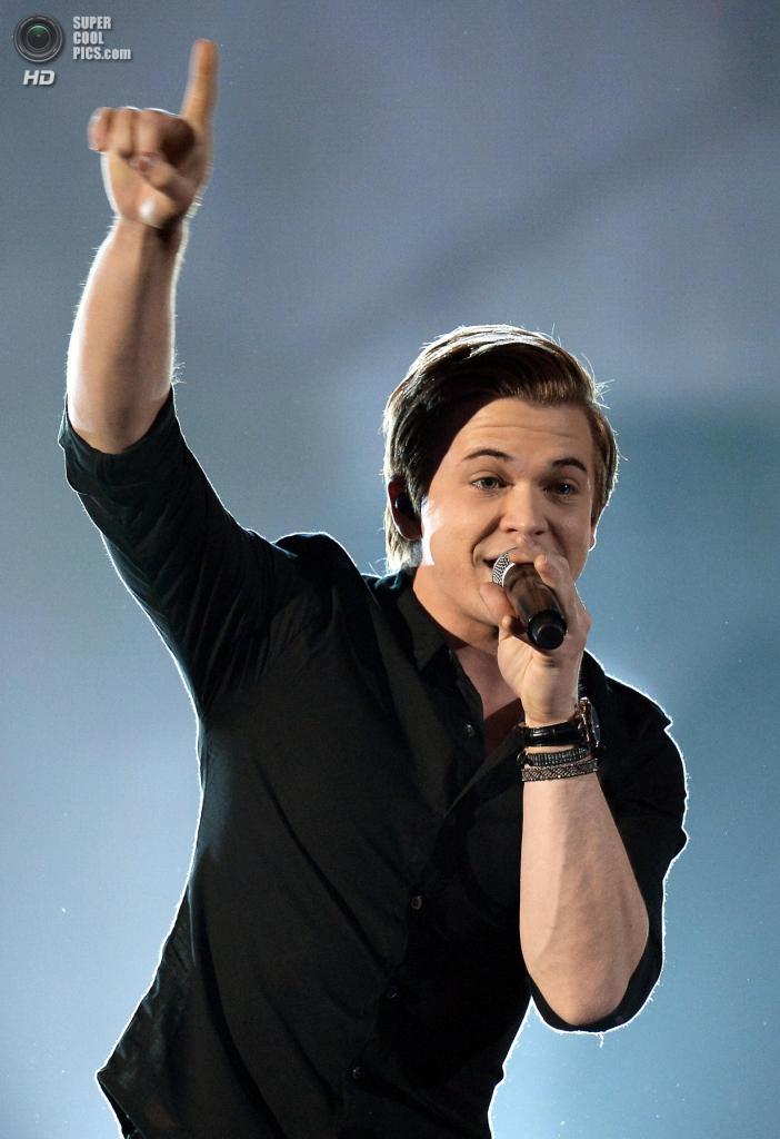 США. Лас-Вегас, Невада. 6 апреля. Выступление Хантера Хейза на церемонии вручения премии ACM Awards 2014. (Ethan Miller/Getty Images)