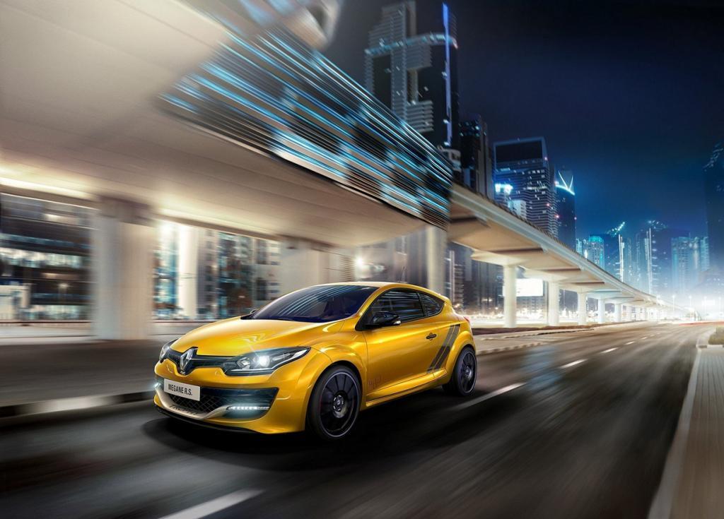 Renault представила свой самый экстремальный хэтчбек (10 фото)