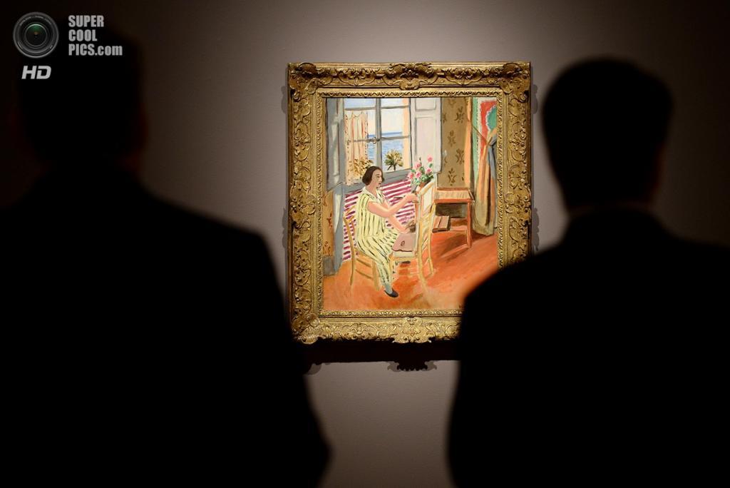 США. Нью-Йорк. 2 мая. Картина Анри Матисса «La séance du Matin» на выставке аукционного дома «Сотбис». (EMMANUEL DUNAND/AFP/Getty Images)