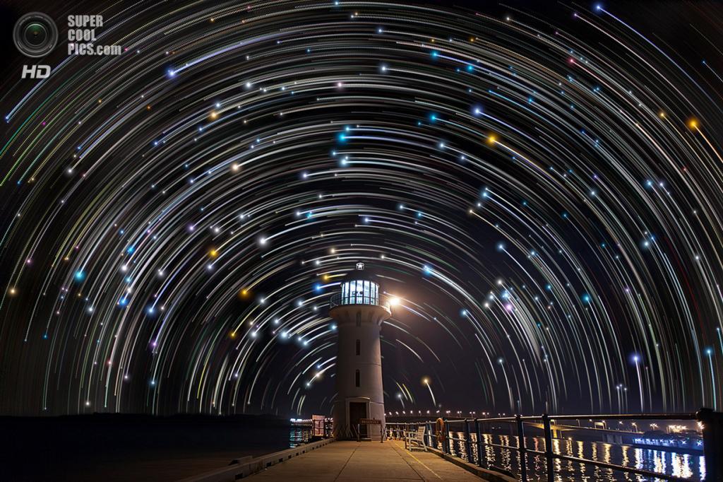 Сингапур. Звёздное небо. (Justin Ng)