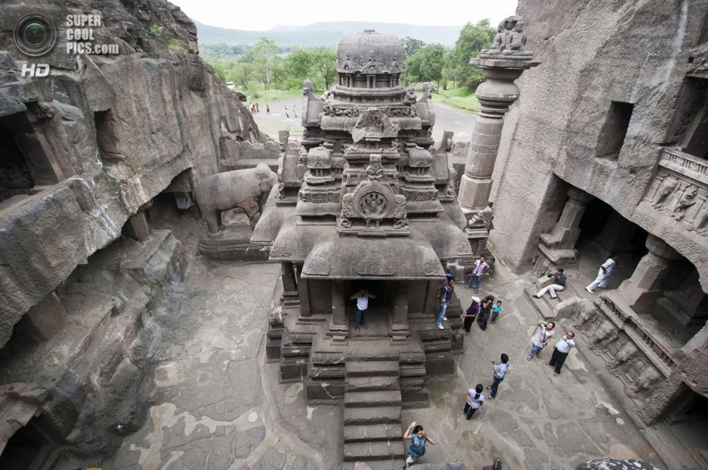 Индия. Эллора, Махараштра. Пещерные храмы. (georges)