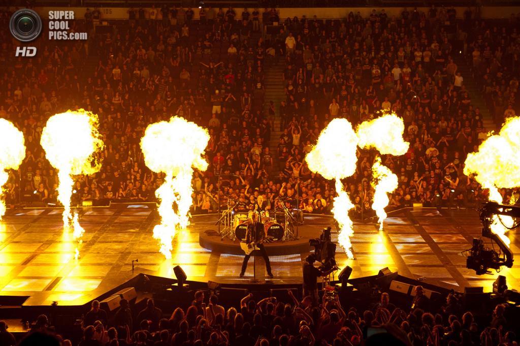 Концерт Metallica. Посещаемость: до 150 000 человек. (Picturehouse)
