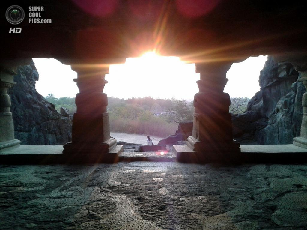 Индия. Эллора, Махараштра. Пещерные храмы. (ddasedEn)