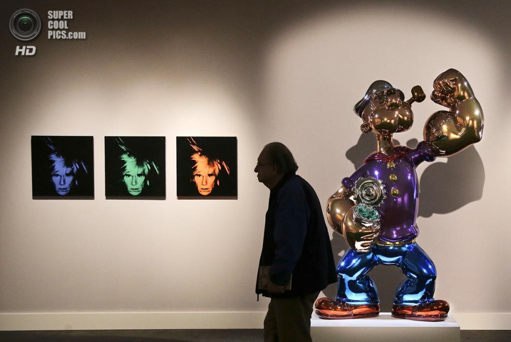 США. Нью-Йорк. 2 мая. Инсталляция Джеффа Кунса «Popeye» на выставке аукционного дома «Кристис». (AP Photo/Julie Jacobson)