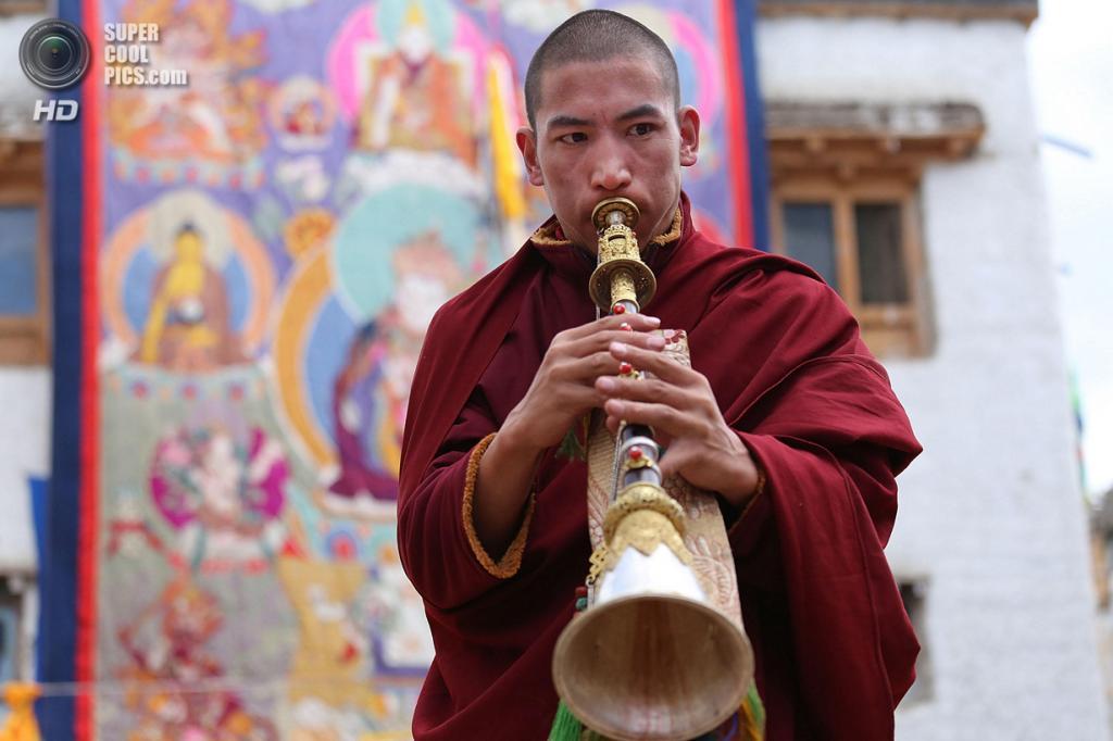 Непал. Ло-Мантанг. 26 мая. Монах во время празднования фестиваля Tenchi. (Taylor Weidman/Getty Images)