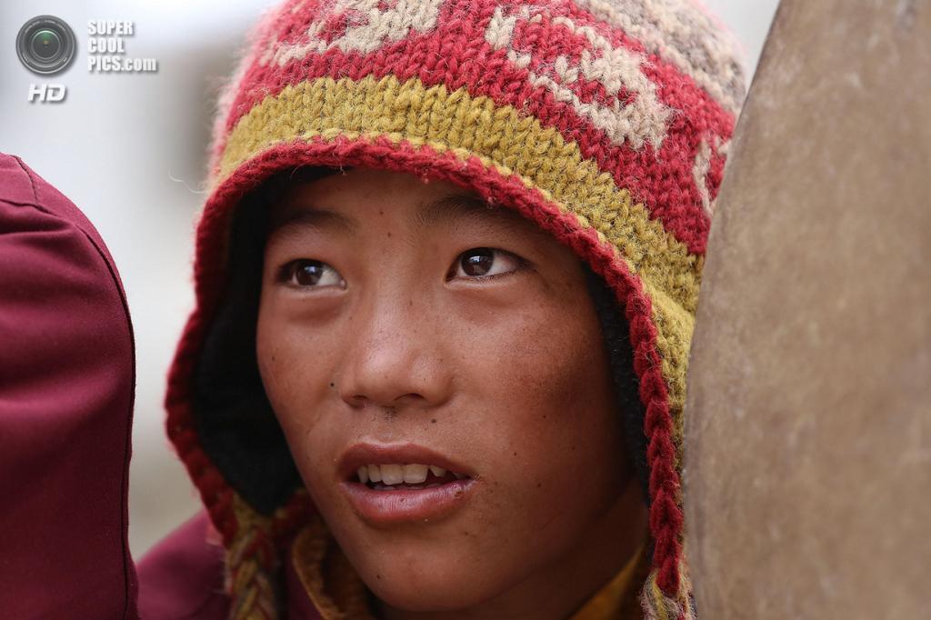 Непал. Ло-Мантанг. 27 мая. Юный монах во время празднования фестиваля Tenchi. (Taylor Weidman/Getty Images)
