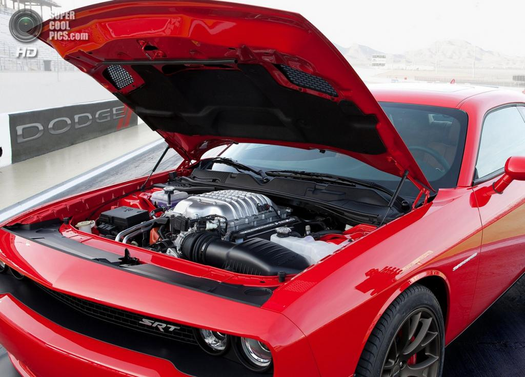 Dodge Challenger SRT Hellcat. (Chrysler Group LLC)