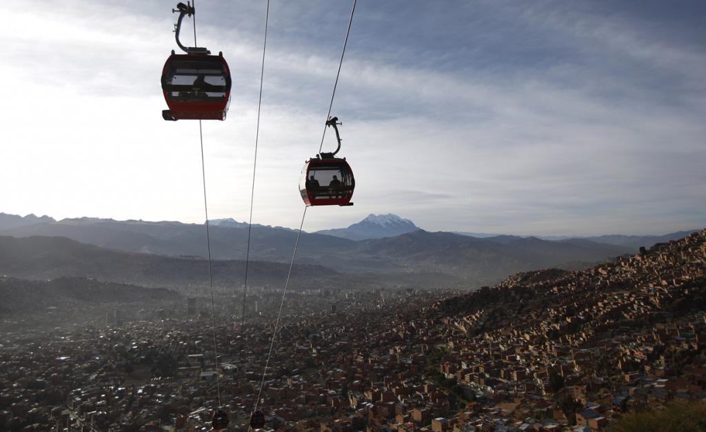 Запущена самая высокая канатная дорога в мире (7 фото)