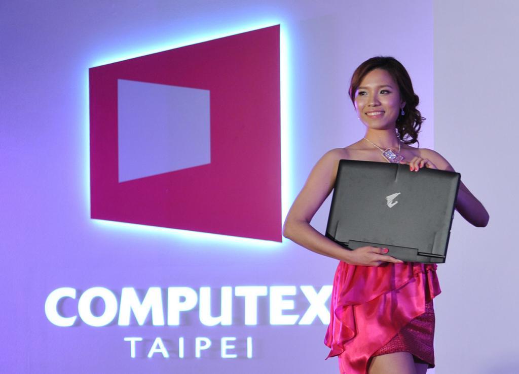 Удивительные гаджеты Computex 2014 (20 фото)