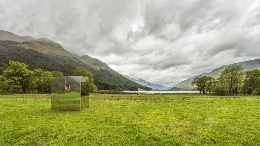 Великобритания. Лох-Ломонд, Шотландия. Кабина Lookout, спроектированная Angus Ritchie + Daniel Tyler. (Ross Campbell)