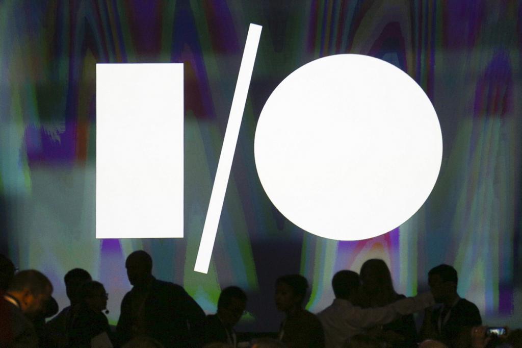 США. Сан-Франциско, Калифорния. 25 июня. Логотип Google I/O над сценой «Москоне-центра». (REUTERS/Elijah Nouvelage)