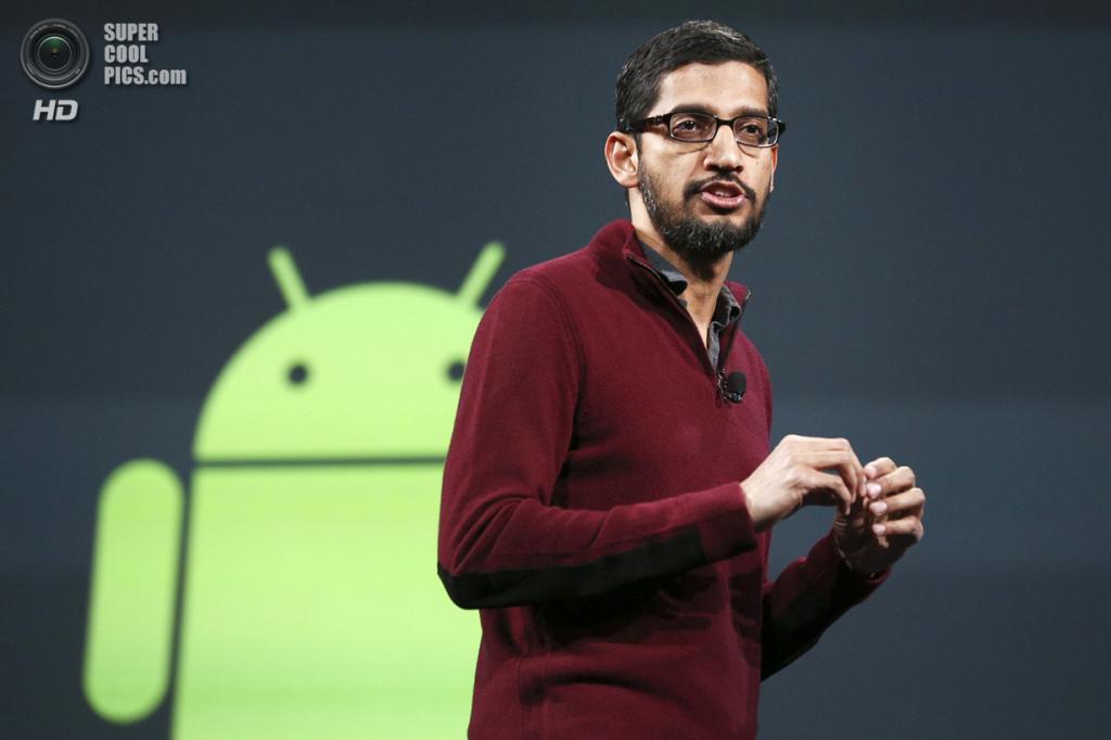США. Сан-Франциско, Калифорния. 25 июня. Выступление вице-президента Google по Android, Chrome и приложениям Сундара Пичаи. (REUTERS/Elijah Nouvelage)