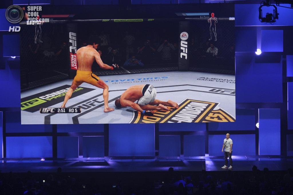 США. Лос-Анджелес, Калифорния. 9 июня. Презентация игры «EA Sports UFC». (REUTERS/David McNew)