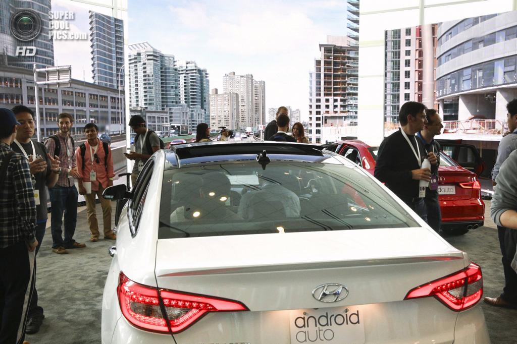 США. Сан-Франциско, Калифорния. 25 июня. Hyundai Sonata на презентации технологии Android Auto. (REUTERS/Elijah Nouvelage)
