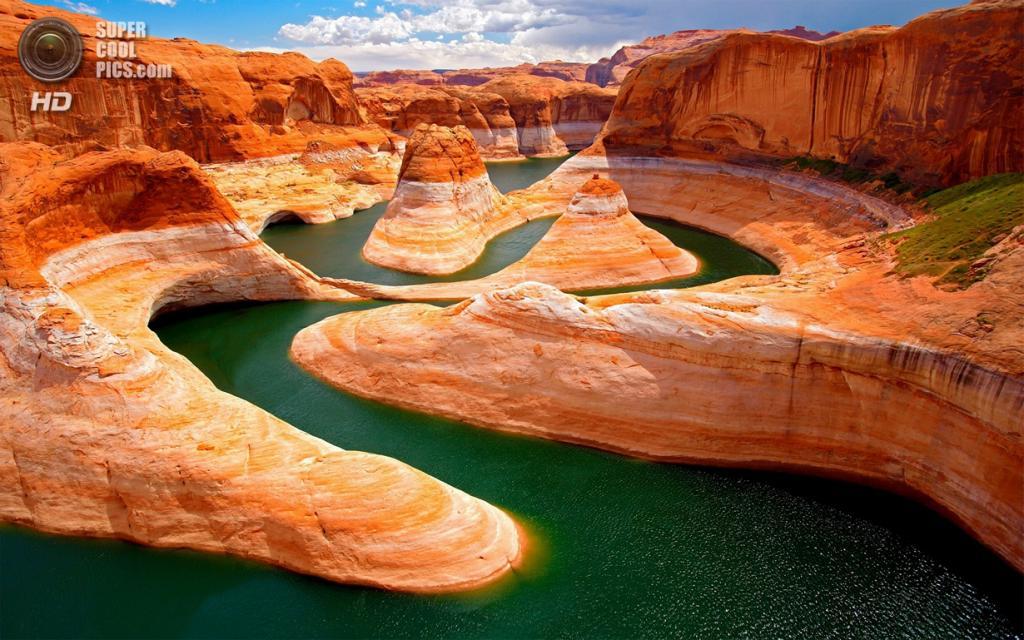 США. Аризона. Глен-Каньон, Водохранилище Пауэлл. (Yanbing Shi)