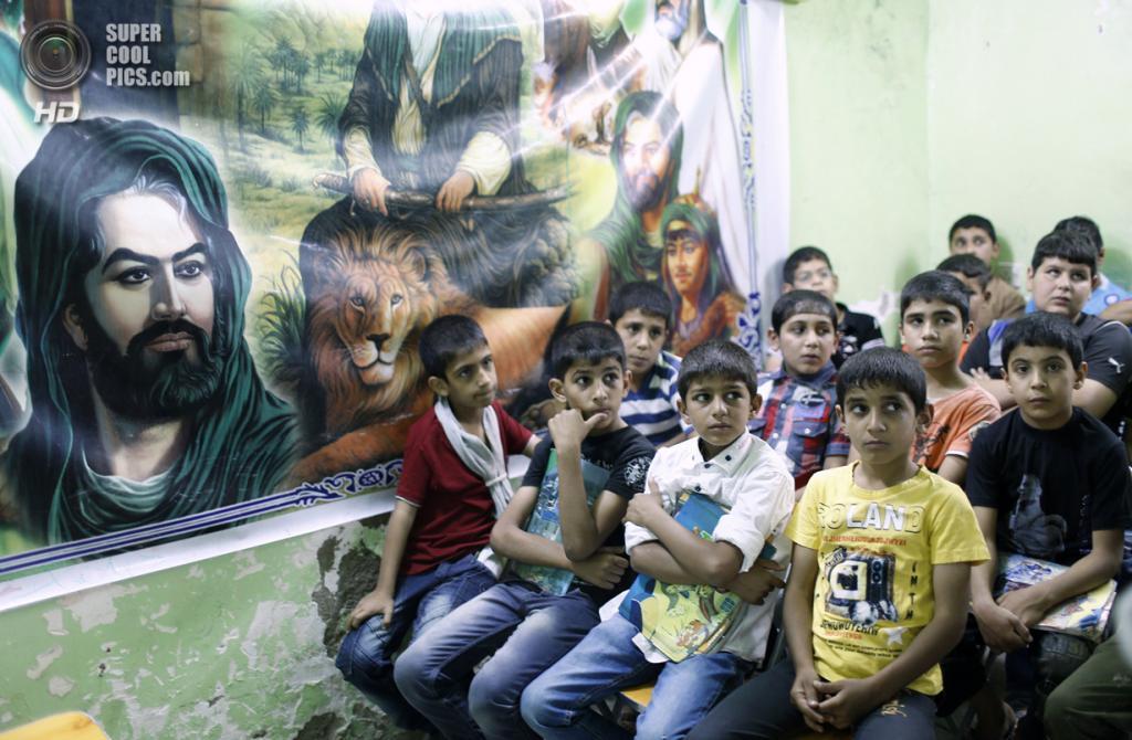 Ирак. Садр-Сити, Багдад. 4 мая. Мальчики в реабилитационном центре для сирот Дар-эль-Нур. (REUTERS/Ahmed Jadallah)