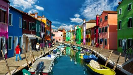 Бурано. Радужный район Венеции (10 фото)