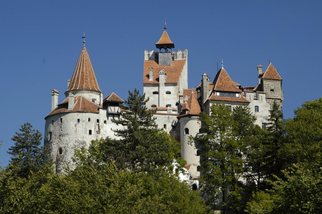 Румыния. Замок Бран. (Nomad Tales)