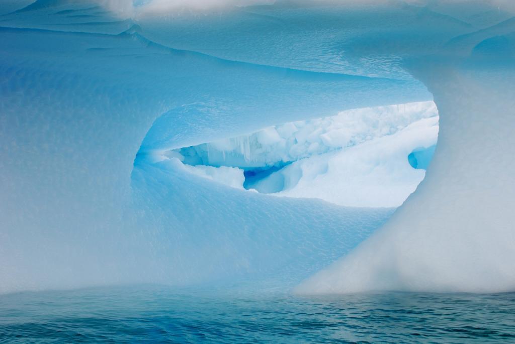 Антарктида. Айсберги. (Pat Mooring)