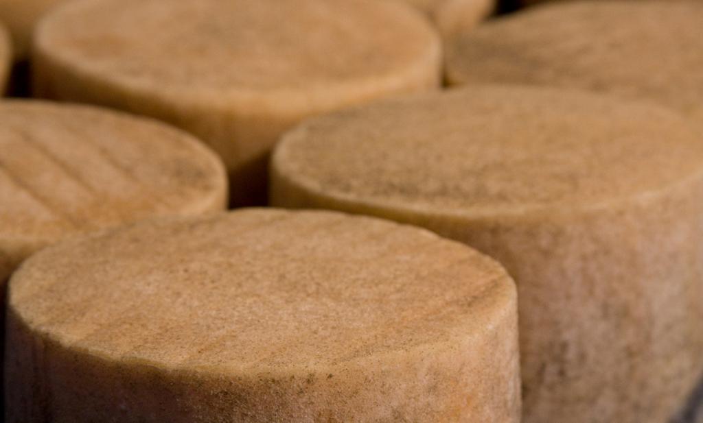 Сыр «Идиасабаль» из овечьего молока. (Delifunart S.L.)