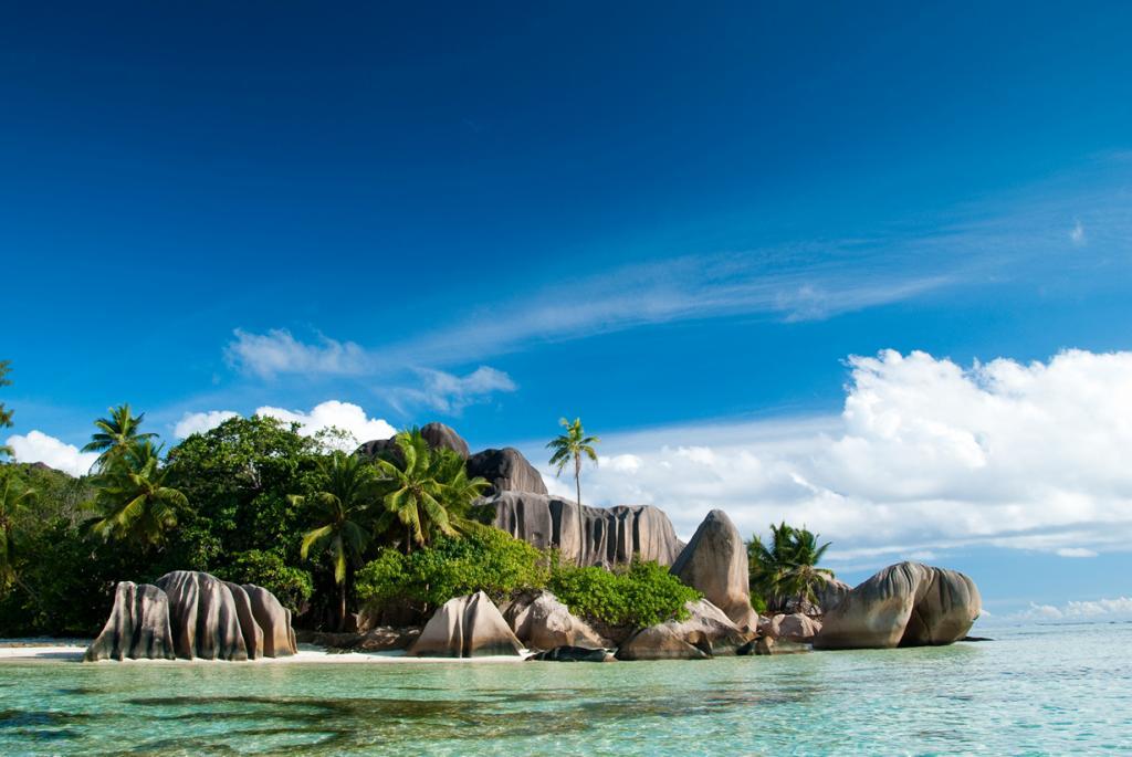 Сейшельские Острова. Ла-Диг. Пляж Ансе Сурс д'Аржан. (Didier Baertschiger)