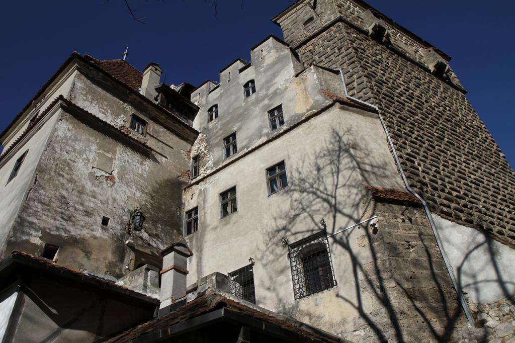 Румыния. Замок Бран.  (Rich)