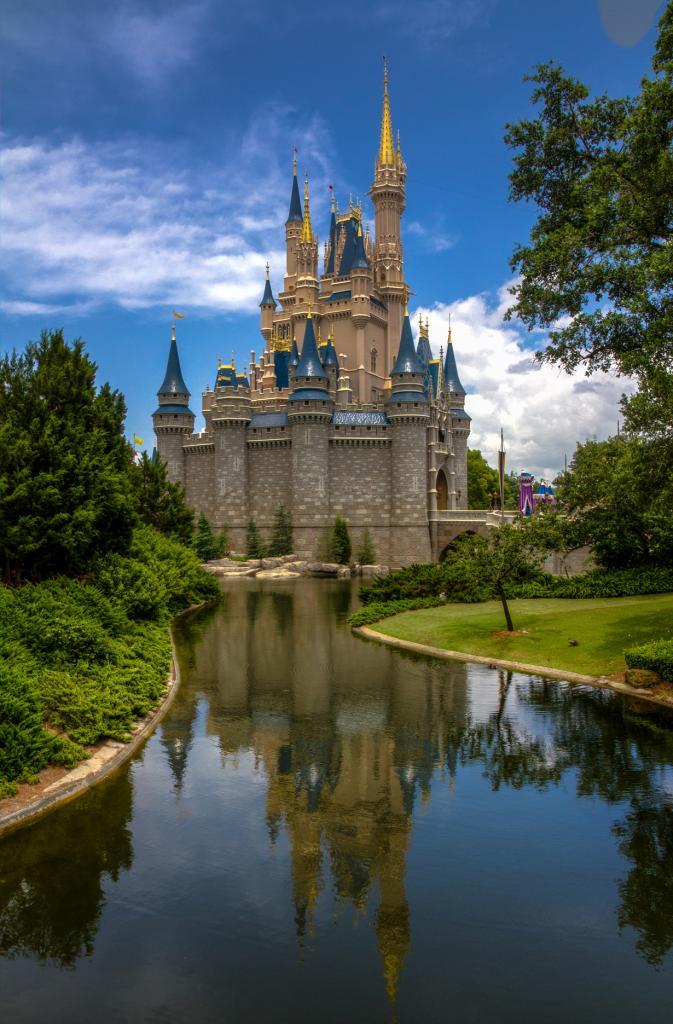 США. Флорида. «Волшебное Королевство» Всемирного центра отдыха Уолта Диснея. (Jason Mrachina)