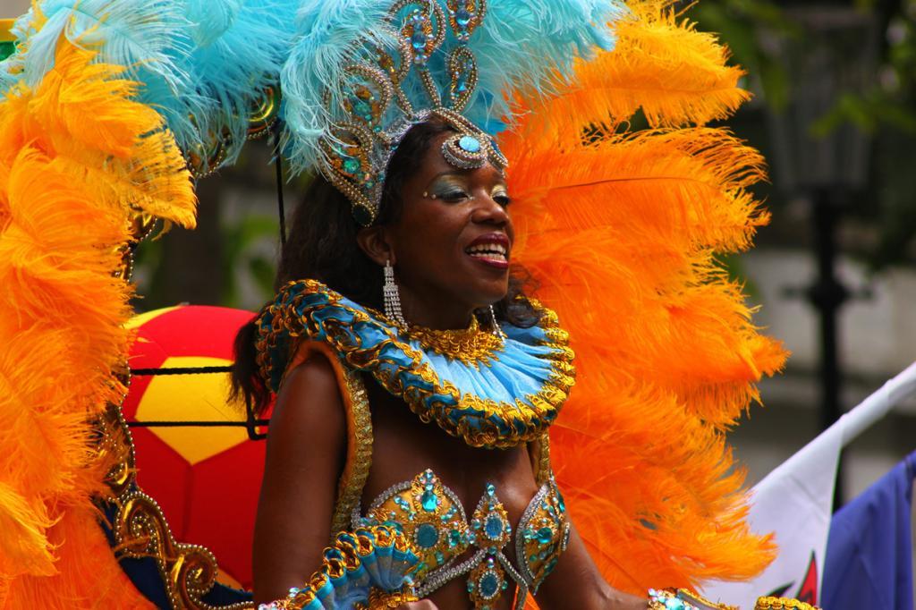 Великобритания. Лондон. Во время Ноттинг-Хиллского карнавала. (robertsharp)