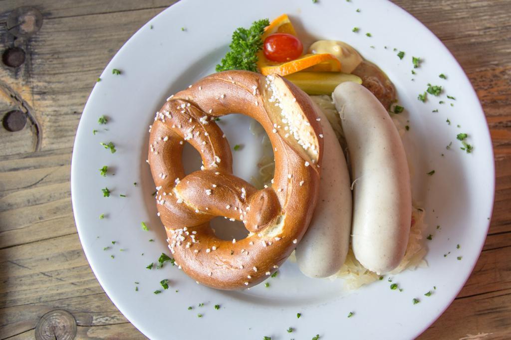 Мюнхенская белая колбаса. (sstrieu)