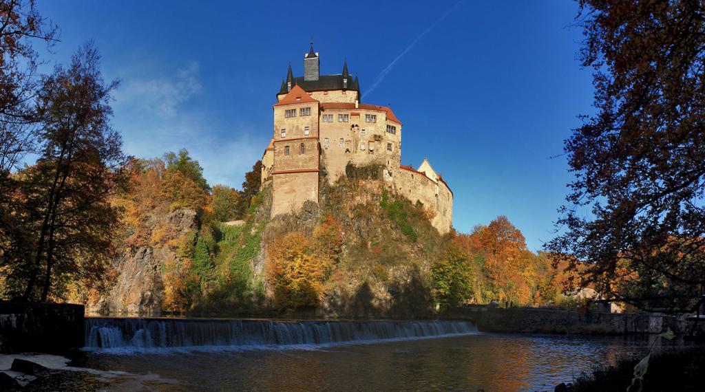 8 место. Замок Крибштайн. Расположен в земле Саксония. Время строительства —  XIV век. (gravitat-OFF)