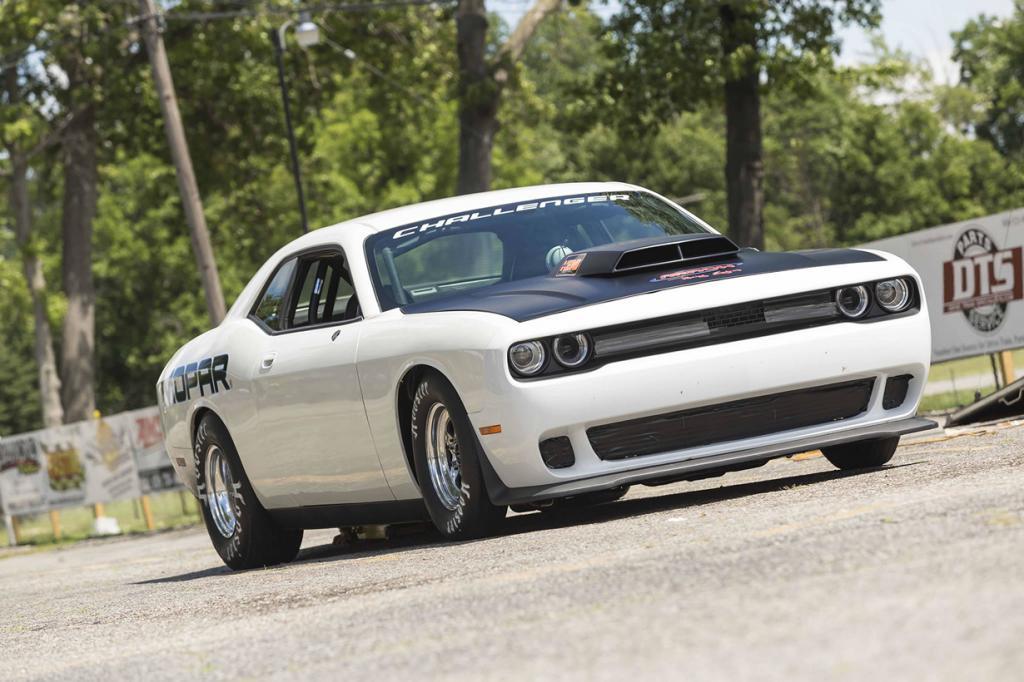 Dodge Challenger Mopar Drag Pak. (Chrysler Group LLC)