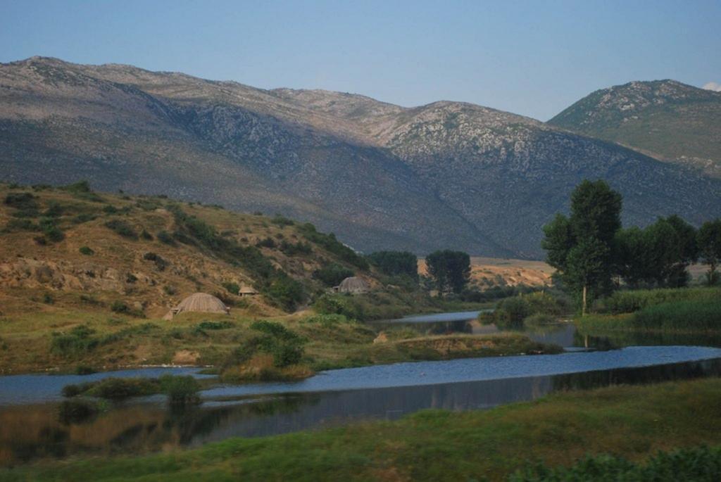 Албания. Бункеры. (orientalizing)