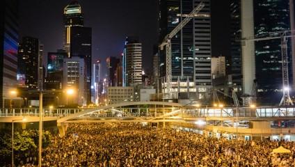 Революция зонтов в Гонконге (12 фото)