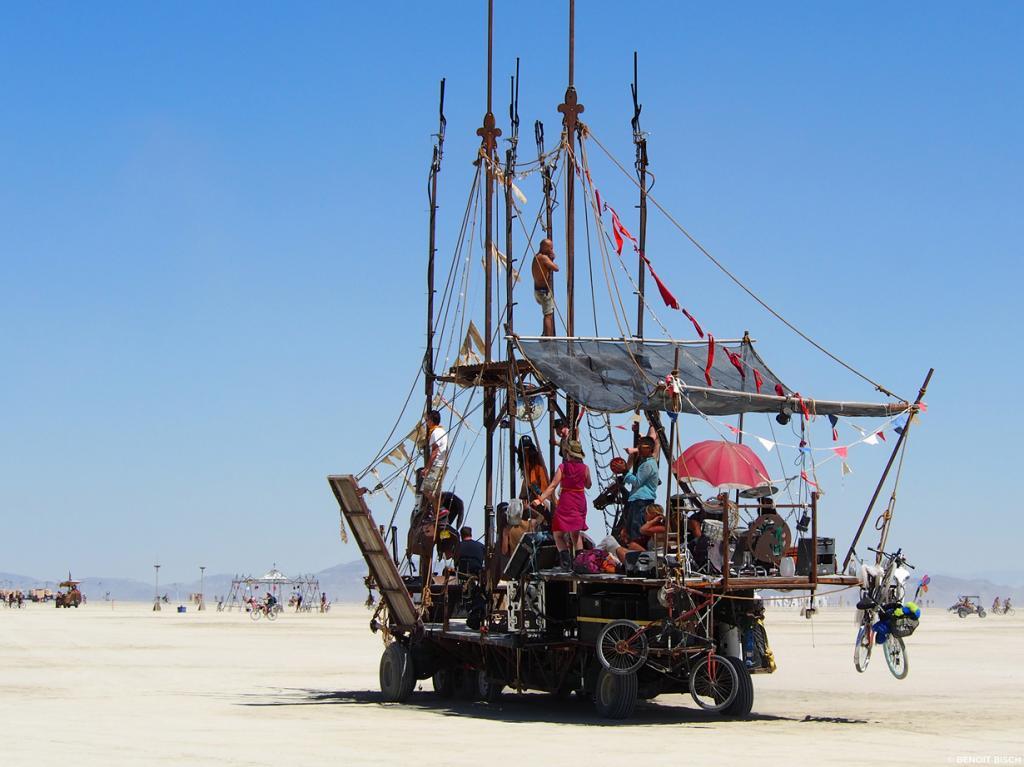США. Невада. Пустыня Блэк-Рок. Во время фестиваля Burning Man 2014. (Benoit Bisch)
