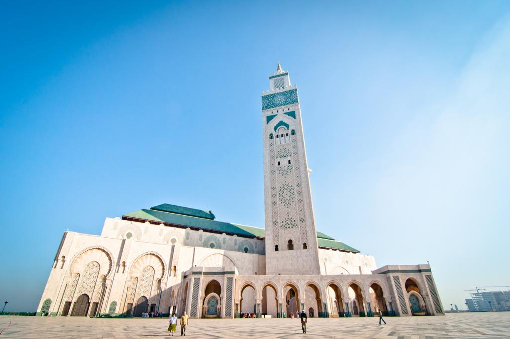 7 место. Касабланка — марокканский город, прославившийся благодаря одноименному фильму, снятому здесь в 1942 году. Туристов разочаровывает его обыденность и непримечательность. Единственное место, которое стоит увидеть — мечеть Хасана II. (Chris Zielecki)