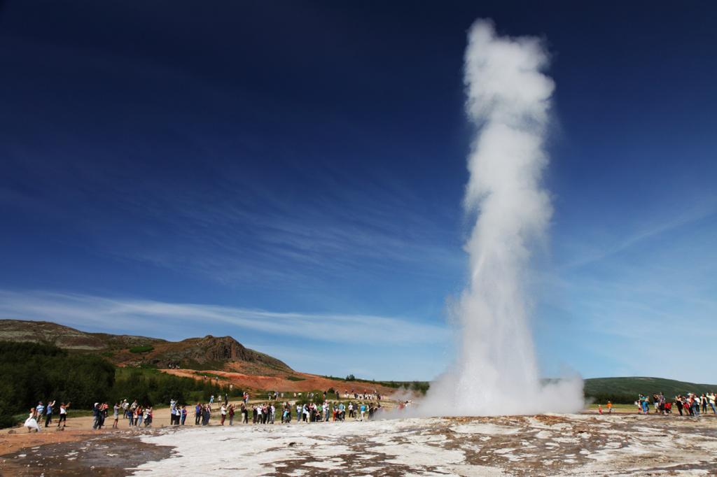 Исландия. Долина Хаукадалур. Гейзер. (clry2)
