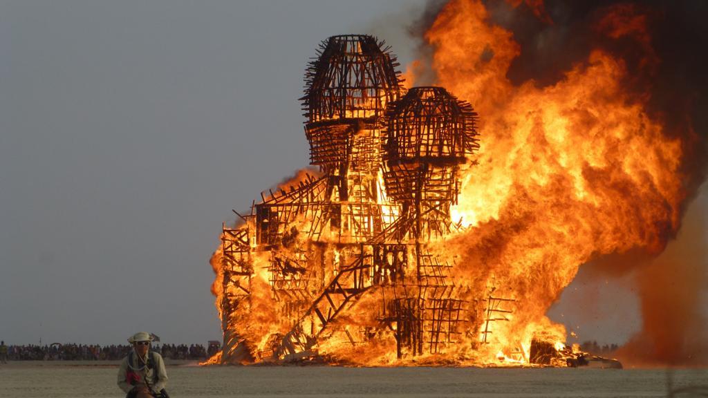 США. Невада. Пустыня Блэк-Рок. Во время фестиваля Burning Man 2014. (Ed Johnson)