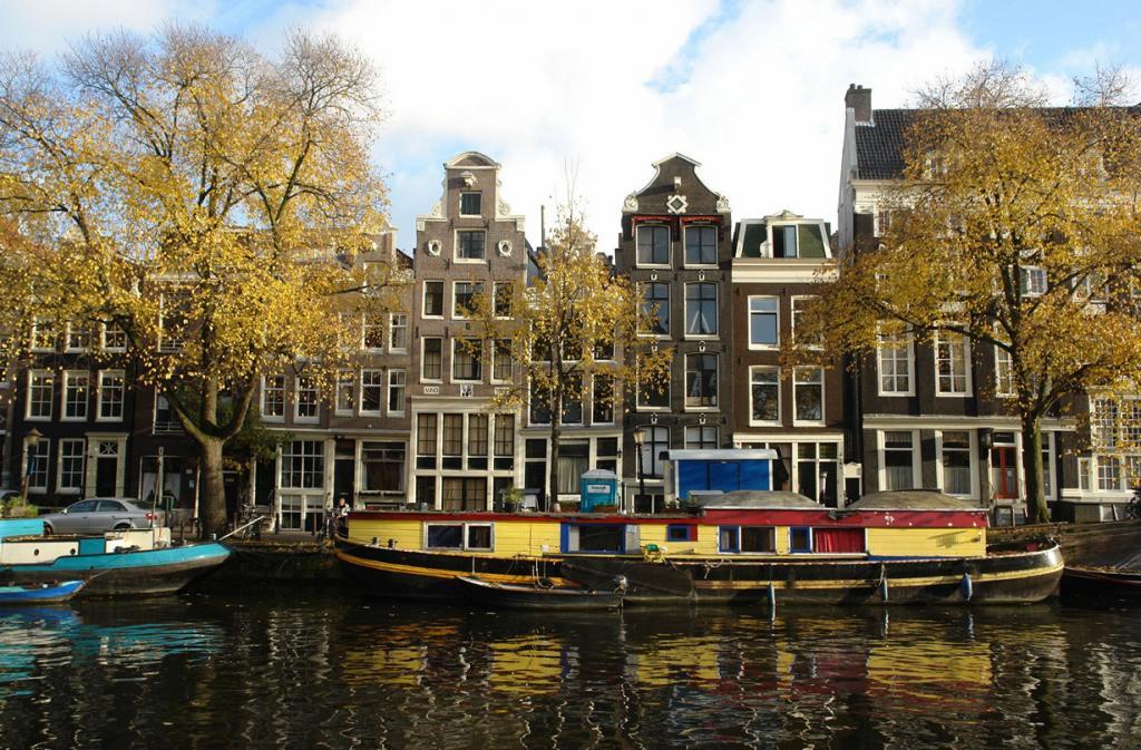 Нидерланды. Амстердам. (Charles Roffey)