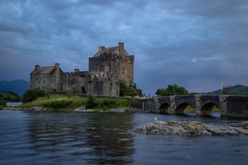 Шотландия. Лох-Дуйх. Замок Эйлен-Донан. (Alex Berger)
