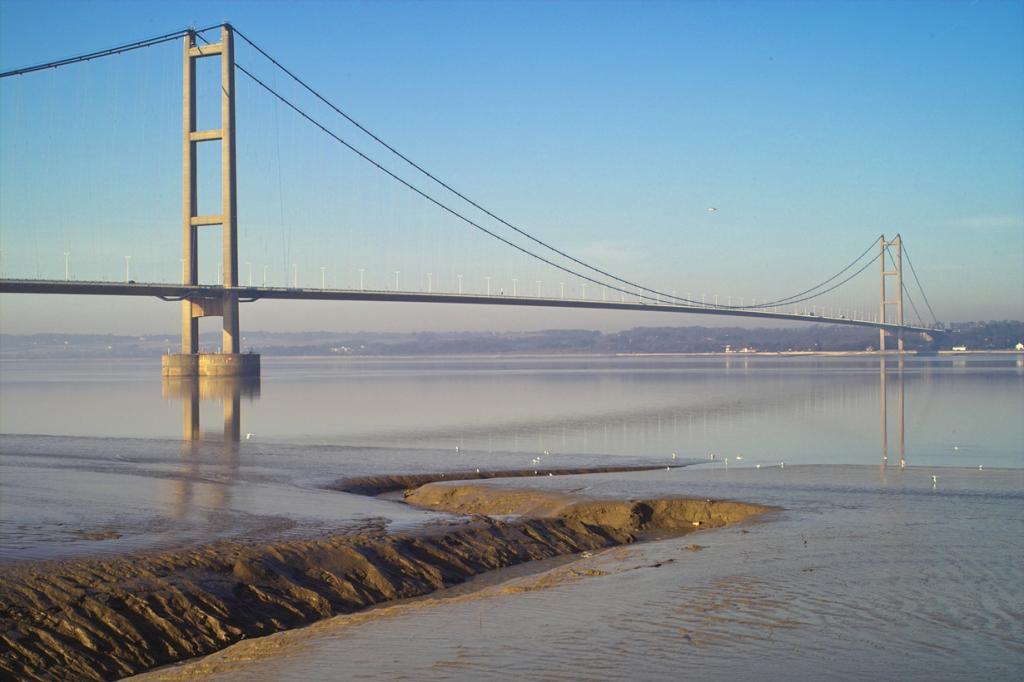 Великобритания. Мост Хамбер. Основной пролёт — 1 410 м. (David Wright)
