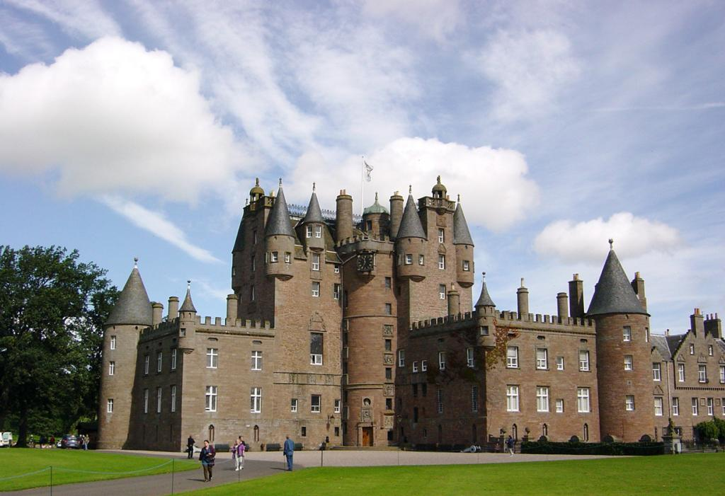 Шотландия. Ангус. Замок Гламз. (Dave Sag)