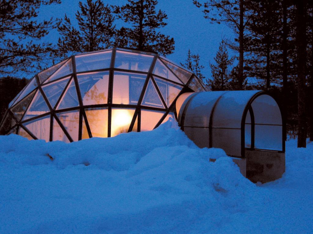Финляндия. Отельный комплекс Kakslauttanen. (Visit Finland)